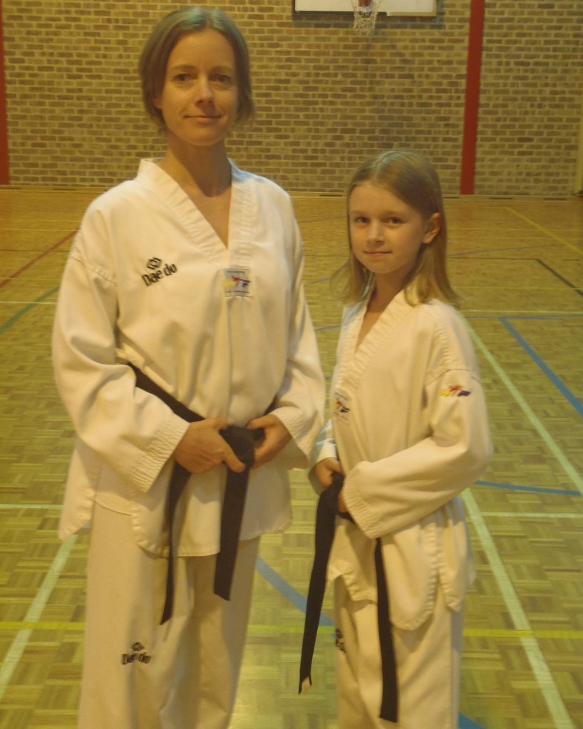 Maaike & Indi - Mother & Daughter Black Belts- www.tkdcentral.com