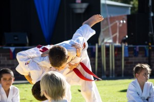 Brayden hip throws Tai