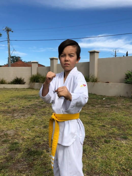 Coya Brown takes his fighting stance - www.tkdcentral.com