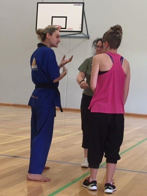 Ajana Plunkett teaches Finer Points - ECU Self Defence - www.tkdcentral.com